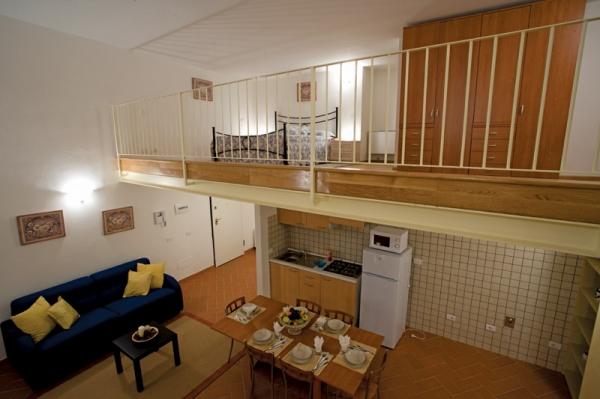 Palazzo virginio firenze residence appartamenti - Camera da letto con divano ...